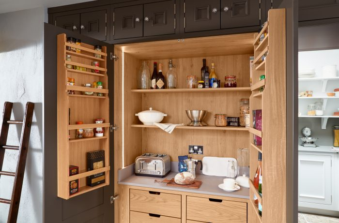 Kitchen Trends 2019 - Seamless Storage
