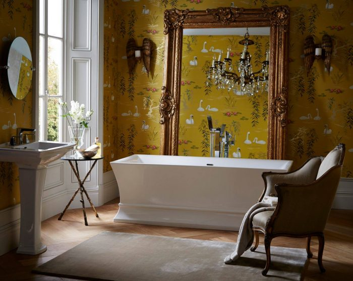Bathroom Trends 2019 - Statement Mirrors
