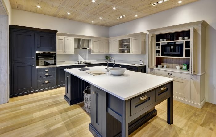 Kitchen Trends 2019 - Two Tone